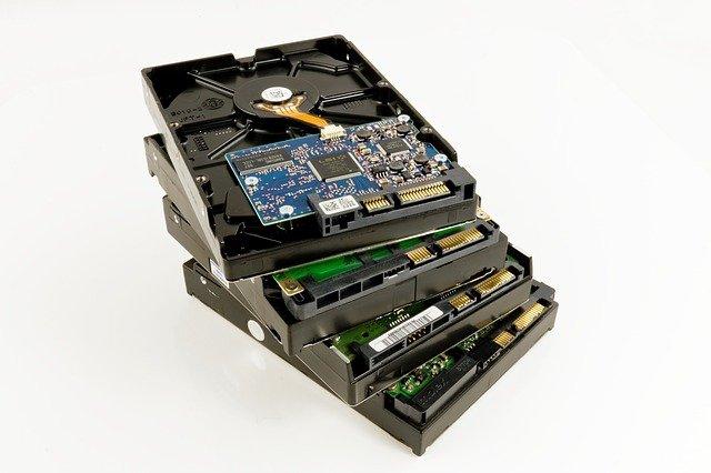 Pourquoi avoir deux disques durs dans son PC ?