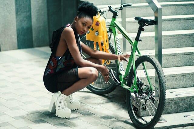 Conduire avec un porte vélo attelage : nos conseils